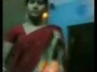 Indian wife remove saree and expose naked body before sex